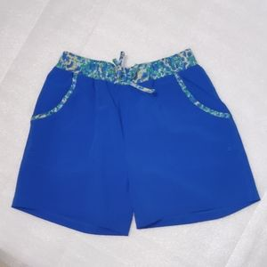 Columbia girl shorts size L